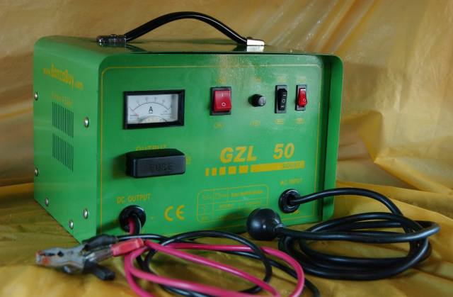 050A 12v 24v Battery Charger GZL50 Not Regulated